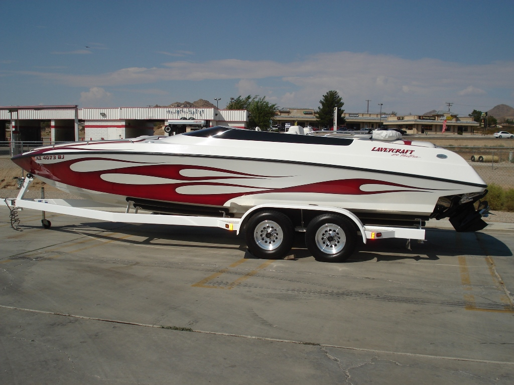 2005 Laveycraft 24 NuEra Open Bow/Mid Cabin *Mercury 496 HO* Less then 190 Hours, Mint!!