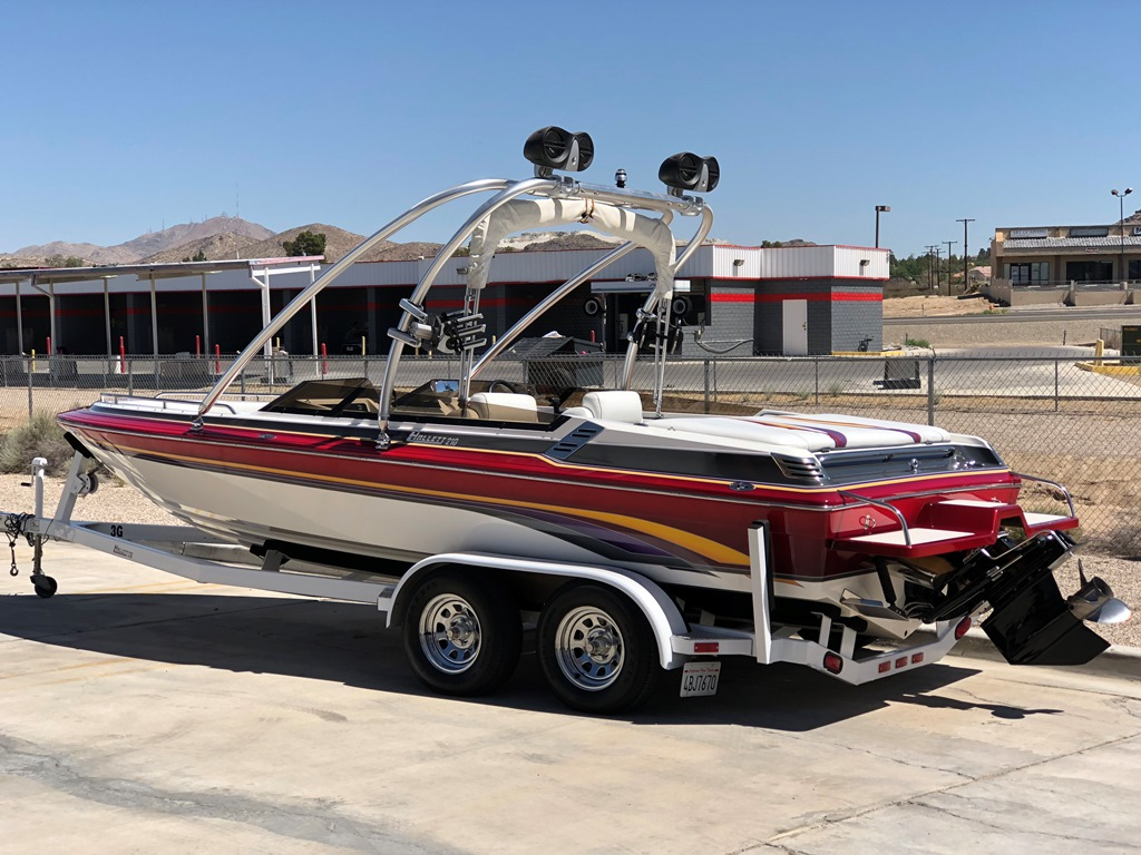 1999 Hallett 210 Open Bow *Mercury 7.4L MPI Magnum