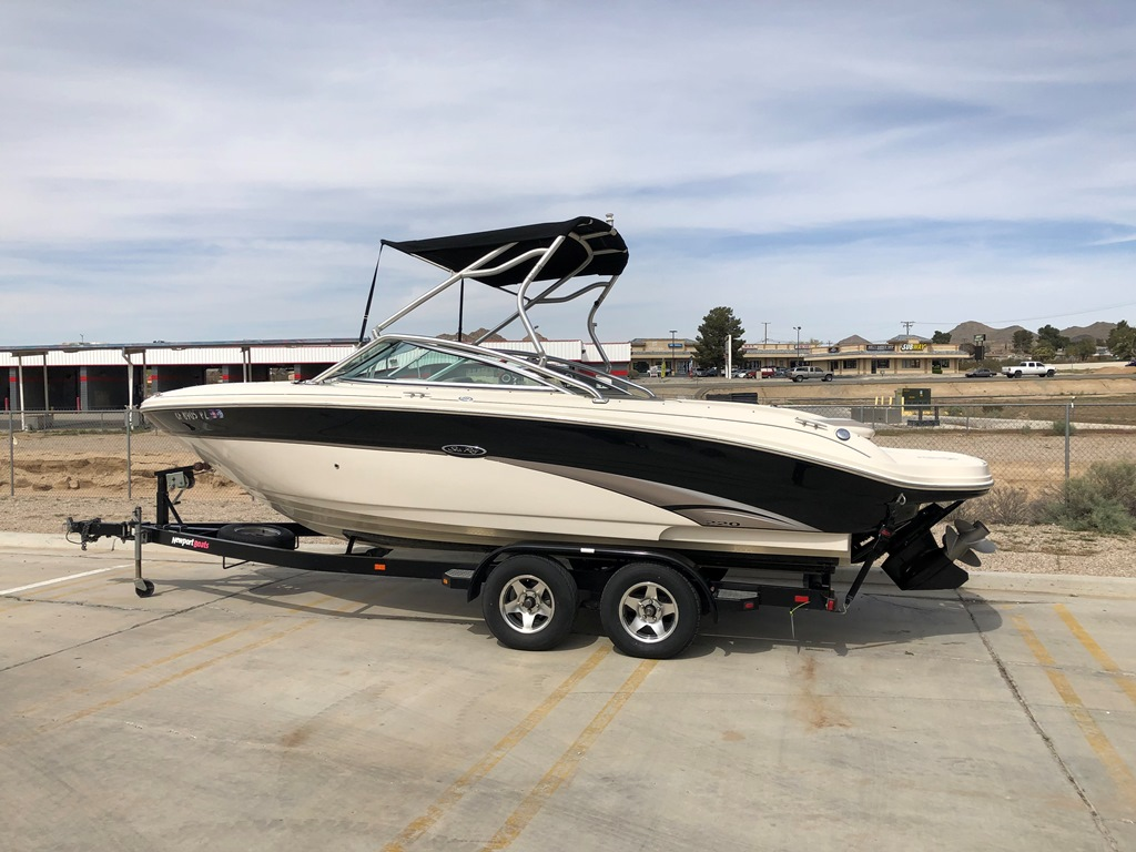2003 Sea Ray 220 Horizon *Mercury 5.7L 350 Magnum MPI ***SOLD***