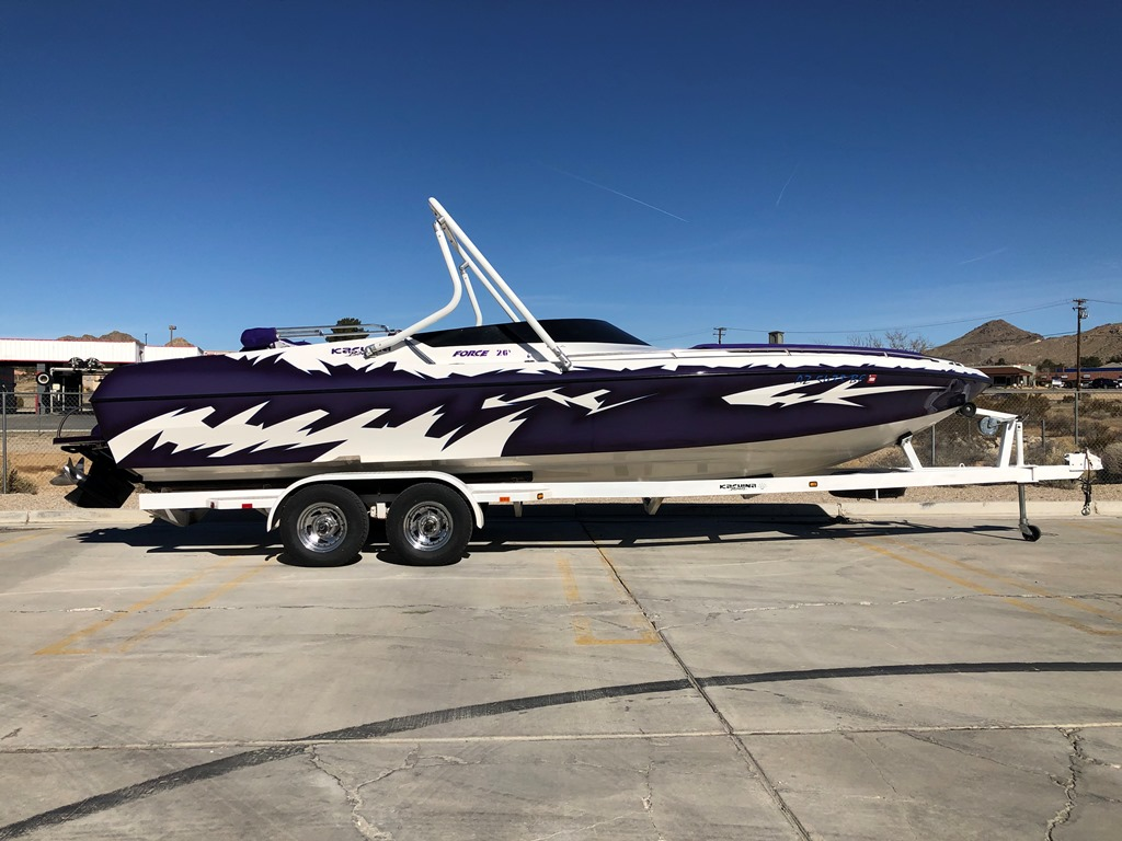 2002 Kachina 26 Drone Mid Cabin Open Bow *Mercury Racing 500 W/Upgrades