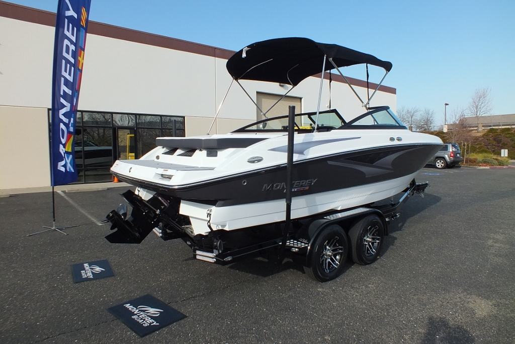 2021 Monterey M22, Loaded with options,must see this one!!