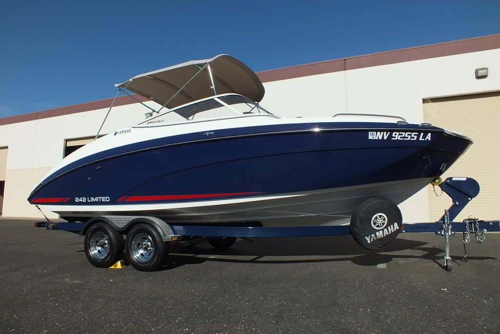2016 Yamaha 242  E Series Limited, Must See!